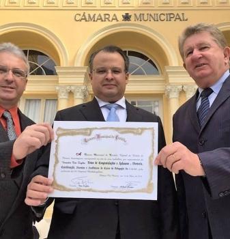 Pedagogia FAESP recebe homenagem da Câmara Municipal de Curitiba