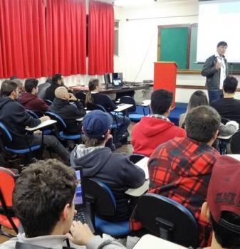 Curso Sistemas de informação FAESP promove palestra sobre integração de redes